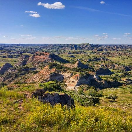 The Badlands, Painted Canyon in Theodore Roosevelt National Park. Badlands Nps TheodoreRoosevelt Theodorerooseveltnationalpark Nationalpark Publiclands Landscape Nature Wilderness Scenic Northdakota Northdakotalegendary Nd Canyon Paintedcanyon Rocks Rockformations Geology Ndlegendary