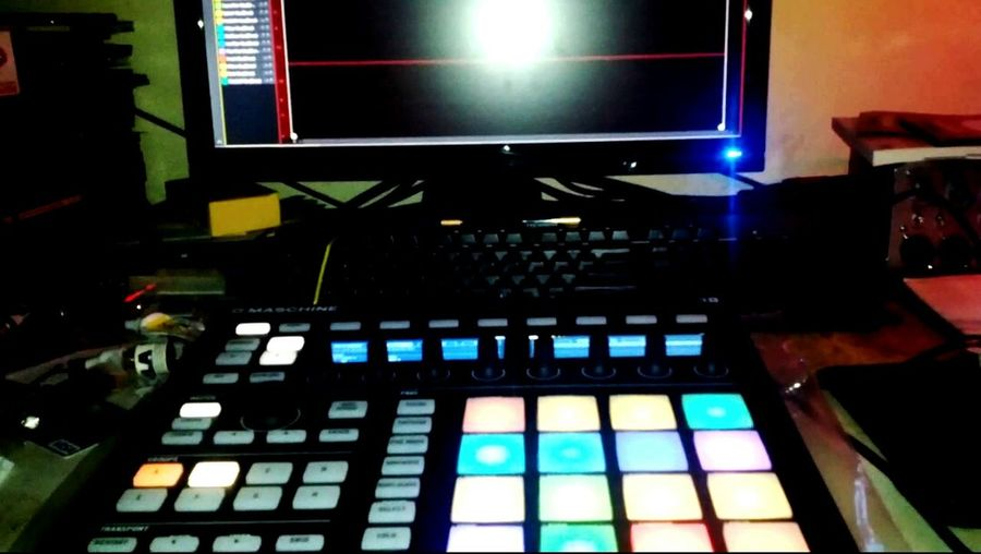 Mashine Mk2 Music LED Shaw Goodnight TrapBeat Dance Likeforfollow Likeforlike