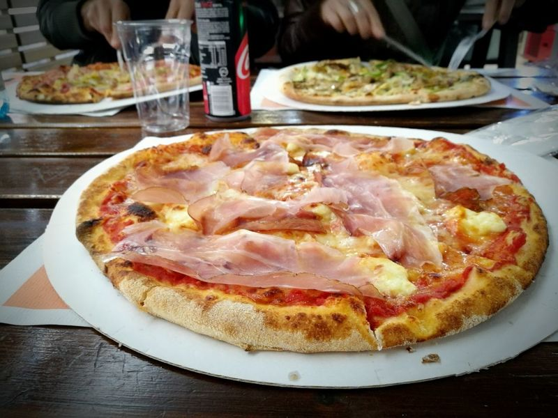 Pizza Sara, con pomodoro, mozzarella, brie e speck. Ho visto dopo che si chiama così. Coincidenza ? Food And Drink Food Plate Table Indoors  Ready-to-eat Freshness Italian Food Speck Serving Size Pizzeria Dehor Temptation Close-up Meal Smartphone Photography HuaweiP9