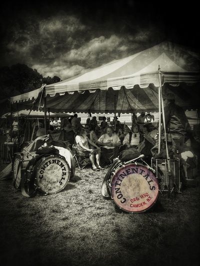 The Continentals... Tadaa Edit Tadaa Community IPhoneography Fife And Drum Drums Instruments New England  People Reedit