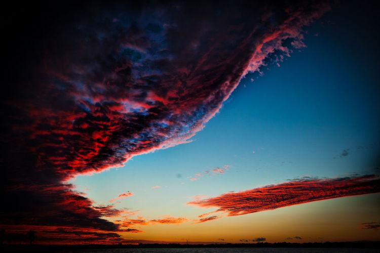 Beauty In Nature Cloudscape Dramatic Sky Florida Sunset Last Light Orange Color Skywaves Sunset