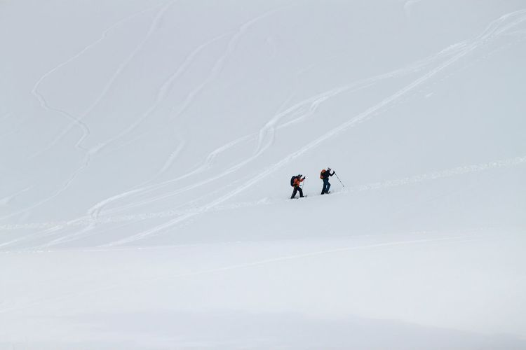Winter Outdoors Winter Sport Mountain Snow HJB Natur Nature EyeEmNewHere Walking Walking In The Snow Two People Place Of Heart Travel Lifestyle A New Beginning