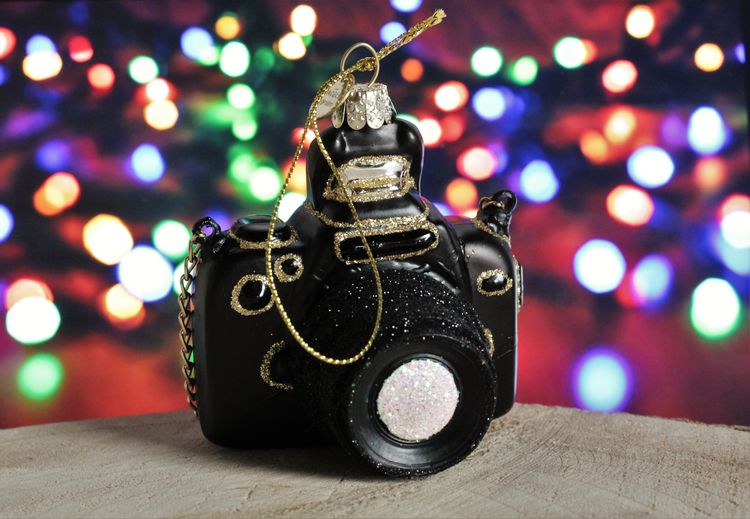 Illuminated Indoors  Focus On Foreground Close-up No People Table Still Life Technology Celebration Decoration Lighting Equipment Ornament Christmas Decoration Christmas Ornament ❄⛄ Bokeh Camera Ornament Christmas Christmas Decorations Camera - Photographic Equipment See What I See Christmastree Ornament