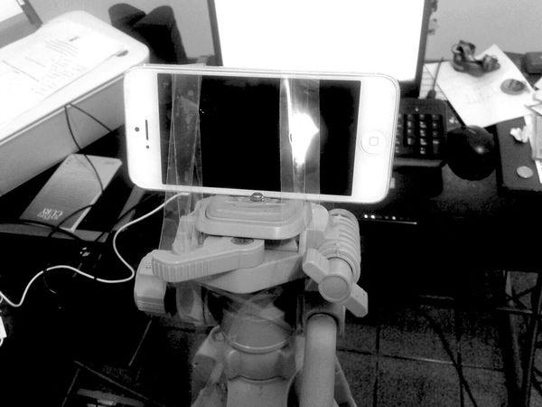 Hands At Work Technology Messy Room Craft Messy Desk Filmaker Indiefilmaker Smartphone Indoors  Mobile Phone