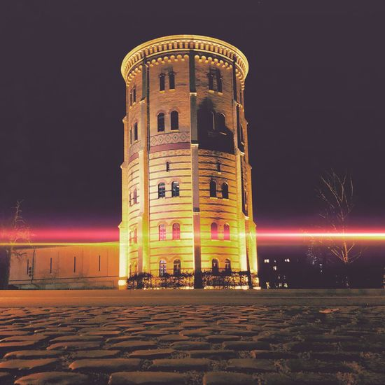 Wasserturm Denkmal Historisch City Life City Lights City Pflastersteine Görlitz Görliwood Auto Car Carlights Wasserturm Görlitz Wasserturm Lights In The Dark Lights In The City Lights Night Illuminated Architecture Built Structure Building Exterior No People Low Angle View EyeEmNewHere Colour Your Horizn