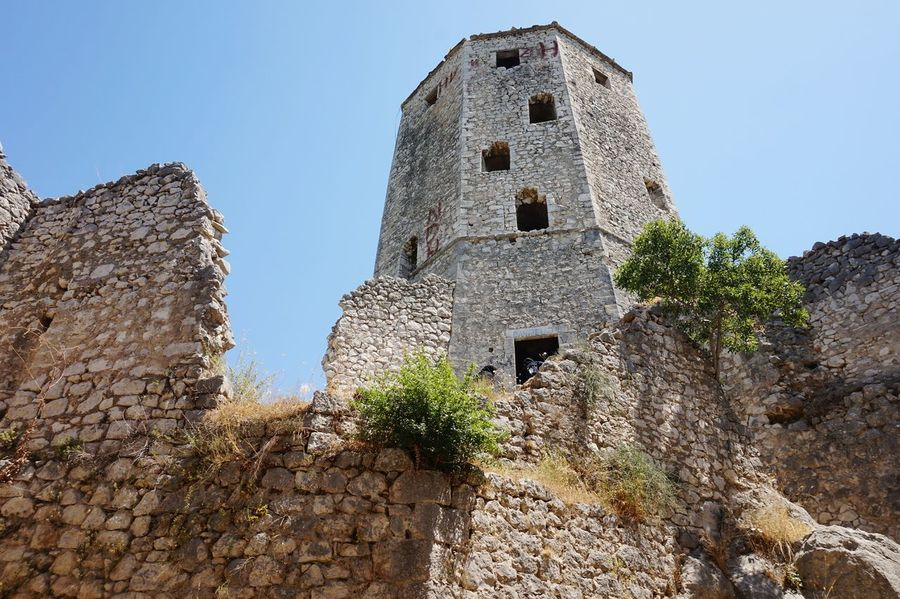 Climbing up to the highest point in Pocitelj Old Ruin Architecture Pocitelj Bosnia And Herzegovina Balkans Europe Wanderlust Travel Photography Travel Destinations EyeEm Selects