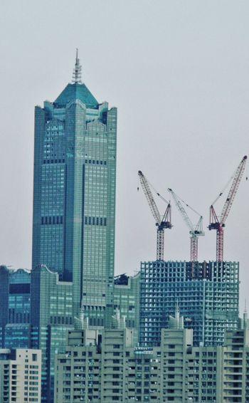 85大樓,興建中的