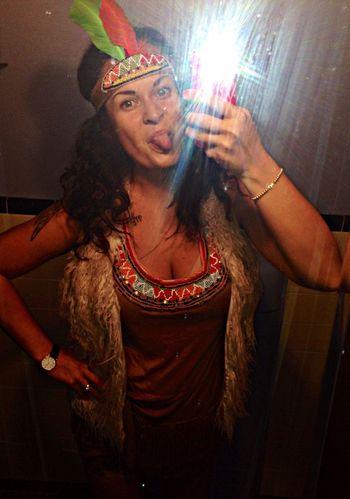 my crazy Hlwn look. Pocahontas. yeah!!!!!!!