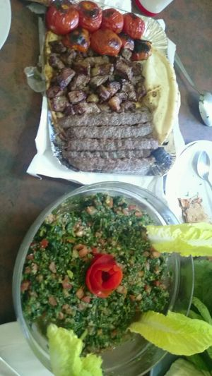 Tabouleh Grilled Meat Grilledtomato Lebanesefood