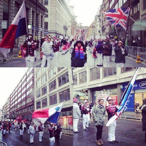 Orgullosamente Panameña! ParadeLondonNewYear !