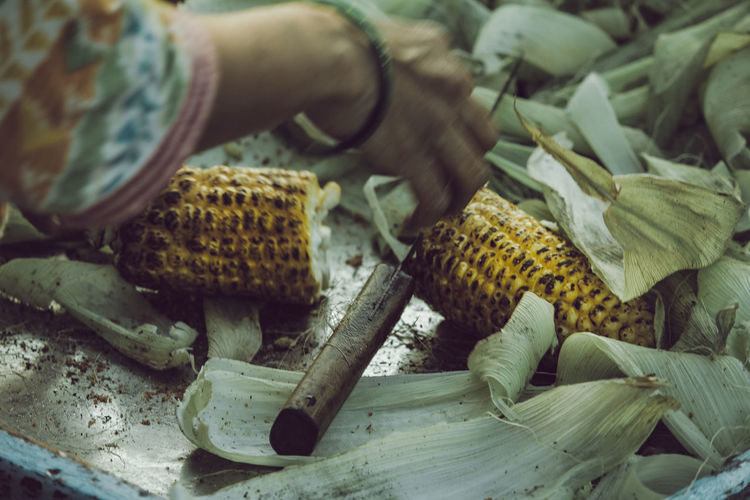 Corn life Corn Corn On The Cob BBQ Heat - Temperature Warmth Preparing Food Cooking Food Indoors  Close-up Food And Drink Wood - Material Freshness Still Life Selective Focus Focus On Foreground No People High Angle View Preparation  Work Tool Wood Day Large Group Of Objects Bread