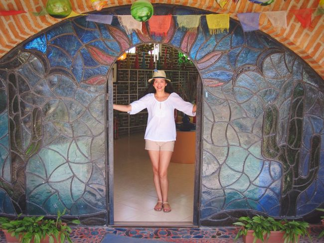 Mi casa es su casa... Blown Glass Factory Cabo Los Cabos Welcome That's Me! People And Places Full Length Person Art Leisure Activity Casual Clothing Lifestyles Art And Craft Standing Young Women Creativity Architecture Young Adult Design Multi Colored Beauty Day