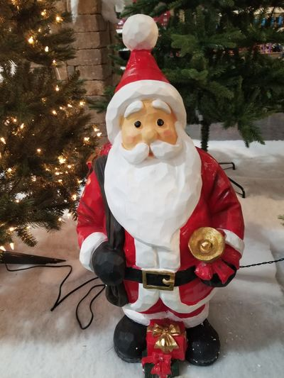 Christmas Christmas Tree Santa Claus Christmas Decoration Tree Male Likeness Tradition Snowman Red Christmas Ornament Celebration Winter Snow Holiday - Event Outdoors No People Day Christmaslights Christmas Party Christmas Market Day Light Pattern Backgrounds Christmas Decorations Christmastime