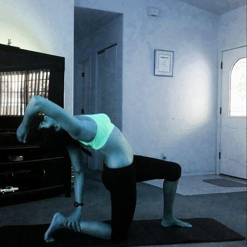 Day 9/12 of Bringingyogaback Anjeneya Variation TakeTheLeap Fittyduck @fitapproach @prana yogajourney yogilife yogalove yogaaddict sweatpink yogiintraining yogaeverydamnday yogadaily