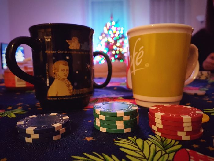 Drinks With Friends Christmas Tree Christmas Lights Christmas Spirit Christmas Decoration Poker Night Poker - Card Game Poker Time Poker Chips Nightlife Indoor Photography Christmas Lights Drink Multi Colored Indoors