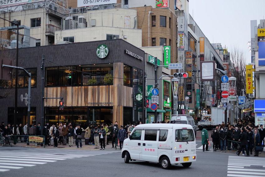 神楽坂下 Fujifilm Fujifilm X-E2 Fujifilm_xseries Japan Japan Photography Kagurazaka Street Streetphotography Tokyo Xf35 日本 東京 神楽坂
