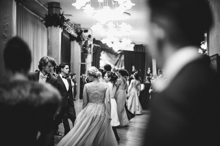 Real People Group Of People Men Crowd Large Group Of People Women Adult Selective Focus Wedding Bride Newlywed Walking Event Life Events Architecture Lifestyles Wedding Dress Celebration Illuminated Wedding Ceremony Ball Dancing Elégance