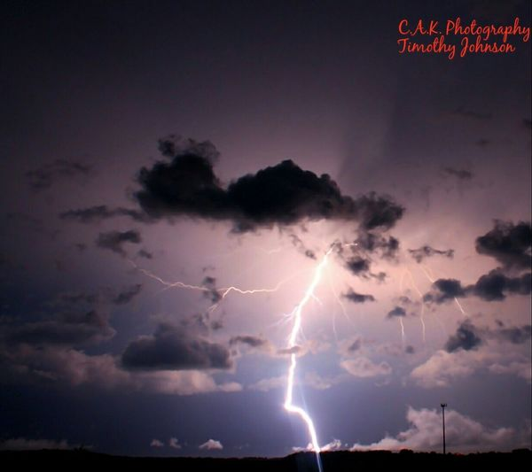 Lightning Thunderstorm Danger Storm Cloud - Sky Power In Nature Storm Cloud No People Forked Lightning Beauty In Nature Night Sky Cloudtoground