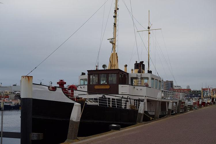 Boat opposite