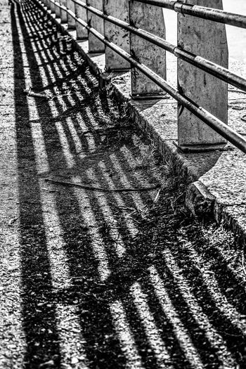 Black And White Architecture No People Day Blanco Y Negro Punto De Fuga Shadow Vanishing Point Sombra Street The City Light
