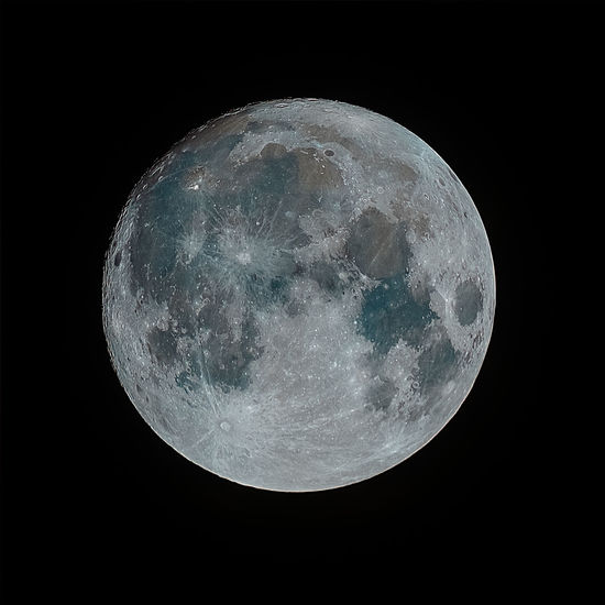 The first Supermoon of 2018, Montreal, Quebec, Canada Lunar Super Moon 2018 January Supermoon Montreal, Canada SuperMoon 2018 Wolf Moon Wolf Moon 2018 Astronomy Beauty In Nature Black Background Canada Close-up Majestic Moon Moon Surface Nature Night No People Outdoors Planetary Moon Sky Space And Astronomy Super Moon Super Moon 2018 Supermoon Tranquility Scenics