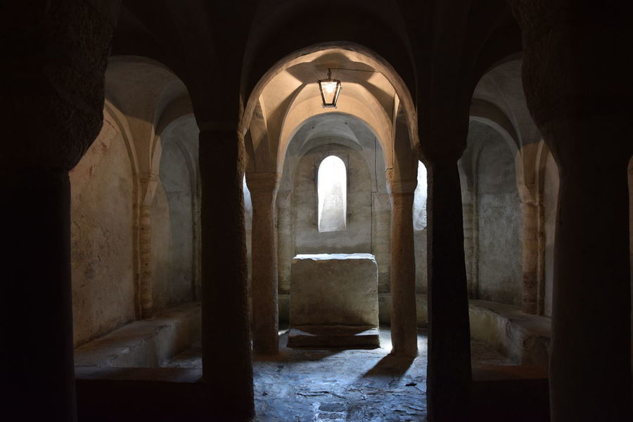 Inside view of Romanic church Ancient Architecture Church Church Architecture Crypt NoLi Sacred Places San Paragorio First Eyeem Photo Inside Church EyeEmNewHere