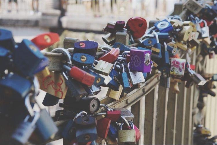 Taking Photos Kłudki Most Miłość