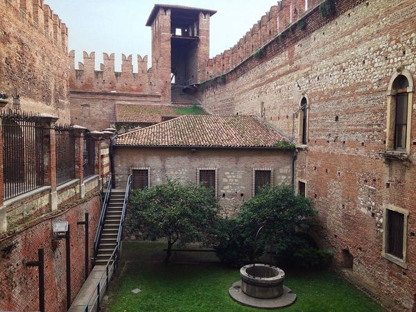 83/365 March 24 2017 One Year Project Castelvecchio Verona Italy Verona Veneto Italy Medieval Castle Yard Architecture Building Exterior Built Structure No People Tree Day Travel Destinations Outdoors City Sky Ivy