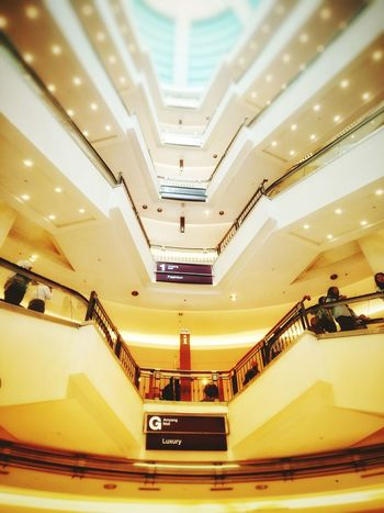 shape EymEmNewHere EyeEm Best Shots Indoors  Steps Staircase Steps And Staircases Built Structure Architecture Luxury No People Futuristic The Graphic City The Architect - 2018 EyeEm Awards