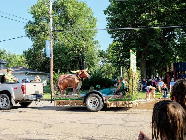Old Settlers Picnic - Village of Western, Nebraska July 21, 2018 Always Making Photographs Americans Camera Work Community Event Getty Images Photo Essay Rural America The Frog And The Ox Village Of Western, Nebraska Visual Journal Watching A Parade Eye For Photography Fujifilm_xseries Long Form Storytelling My Neighborhood Old Settlers Picnic Old Settlers Picnic 2018 Parade Parade Float Photo Diary S.ramos July 2018 Small Town Stories Summer