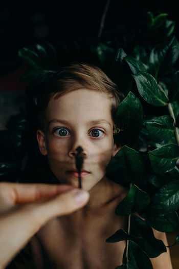 https://www.instagram.com/eglelaurinavice/ Dragonfly Kids Natural Light Portrait The Week On EyeEm Boy Childhood Close-up Day Eyes Freshness Human Body Part Indoors  Leaf Lifestyles Looking At Camera Mix Yourself A Good Time One Person People Portrait Real People Young Adult The Week On EyeEm Editor's Picks