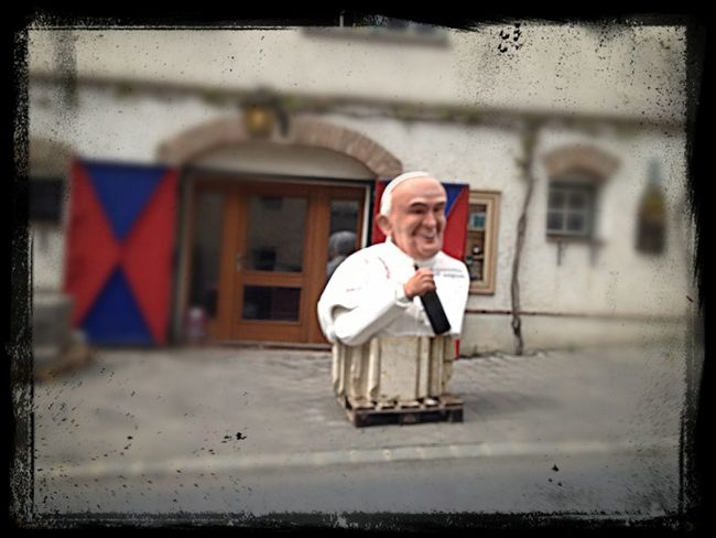Pope Vine