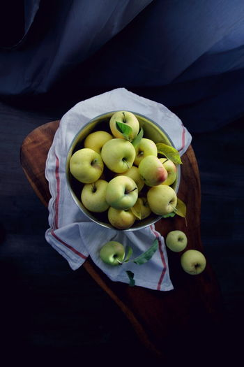 Apple Autumn Apples Black Background Day Delicious Directly Above Fall Food Food And Drink Freshness Fruit Healthy Eating High Angle View Indoors  No People Organic Organic Food Sweet Yellow Farmers Market Farmtotable Local Food Fresh On Market 2017