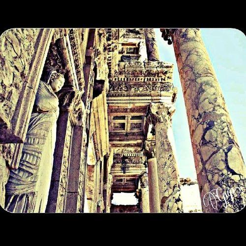 Eskilerden... Ephesus Celsuslibrary Efes Igersturkey turkiye celcuskutuphanesi