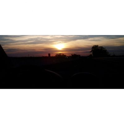 Ritorni. ❤☀ Sunset Molfetta Ritornodalcentrocommerciale Relax Sun Sunshine Goodtime Instagood Instahavefun Instagooday Instastaytrippy Instasunset Likeforme Likeforlike Likeforfollow Followforfollow