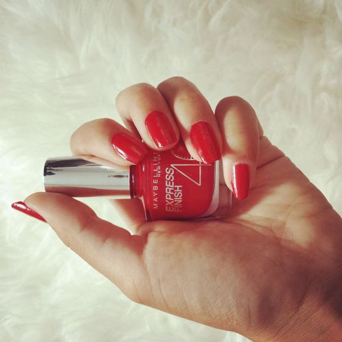 Red Nails ✌ ♥ ∞ † ▲