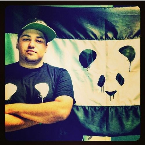 To the people that are at EDC I hate you :( Tell me how this guy performance is! I know it's gonna be badass but I still wanna see! Deorro PandaFunk Yee BootyInYourFace Dechorro Flashlight DiscoDonnie
