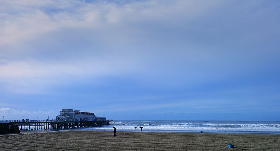 PANORAMIC VIEW OF PIER ON MAR DEL PLATA BEACH