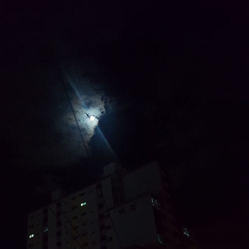 Illuminated Moon Sky Architecture Moonlight