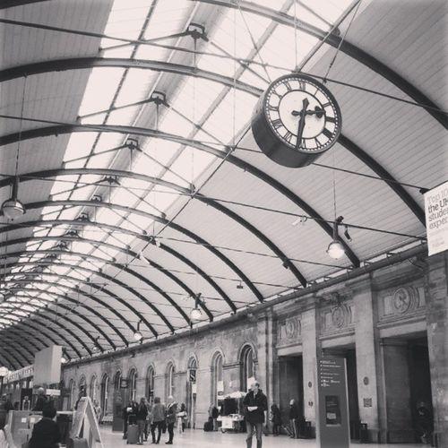 Central station Newcastle Newcastle Centralstation Greatbrittain Engeland bw b&w blackandwhite