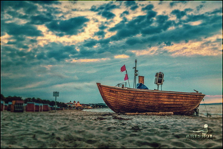 Fishing Boat Ostsee Traveling Still Life Light And Shadow GERMANY🇩🇪DEUTSCHERLAND@ Clouds And Sky Darkness And Light Binz