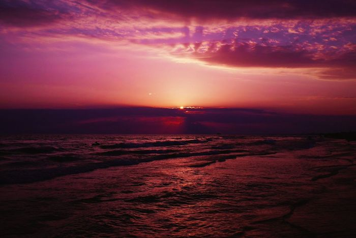 Sea And Sky Sea Seaside Nature Russia Black Sea Sky Sunset Mar Puesta Del Sol Naturaleza Clouds Color Travel Purple Romantic First Eyeem Photo