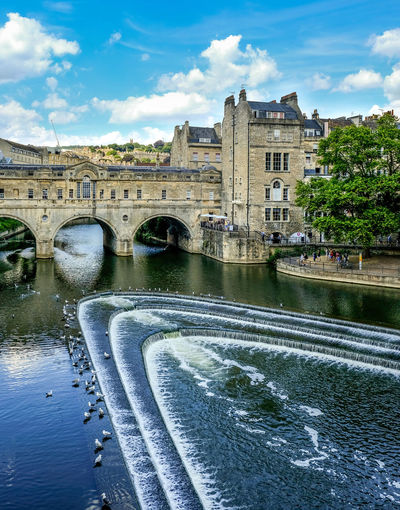 Bridge in Bath England Architecture Water Bridge Sky Nature River Bridge - Man Made Structure No People Waterfront Travel Destinations Outdoors Flowing Water Building Arch Bridge History England Tourism Tourist Attraction  Tourist Destination Bath England Roman Bath Relaxation Ancient Architecture