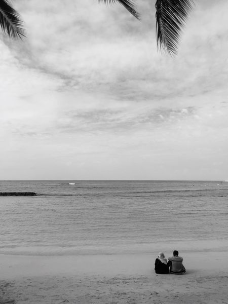 Lovers Sea Sky Cloud - Sky Beach Monochrome B&w Street Photography Urban Lifestyle Lovers