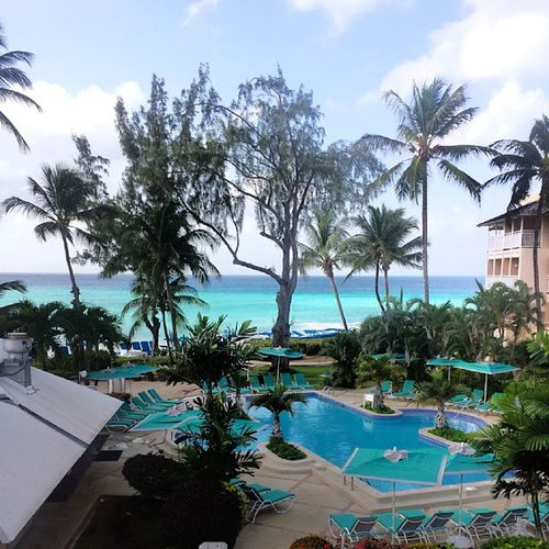 The view from our balcony, life doesnt get much better than this 🌞🌴 Barbados Turtlebeach Holiday