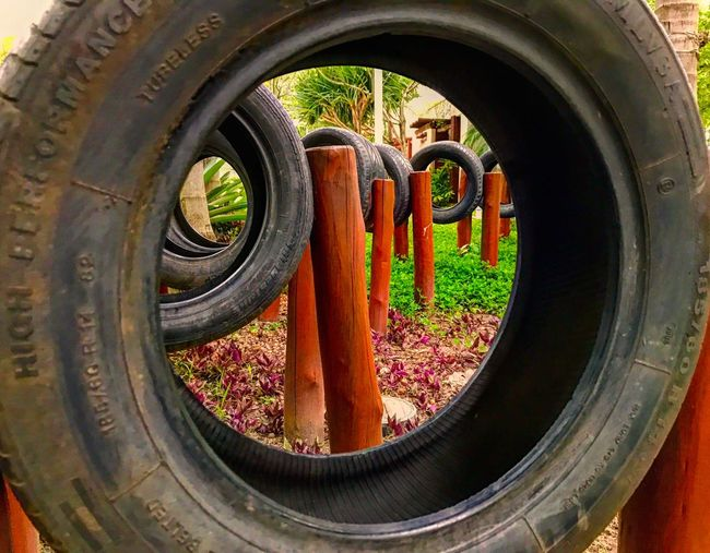 Um olhar diferente Tire Outdoors No People