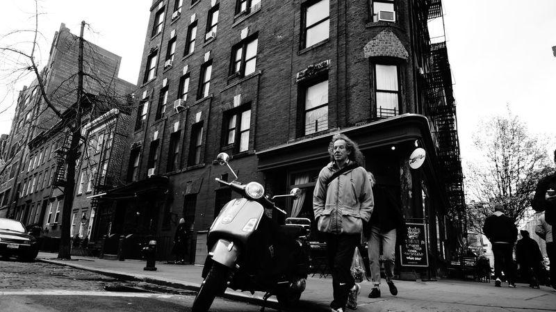 Black & White Black And White Blackandwhite Blancetnoir New York Newyorkphotography NY Vespa