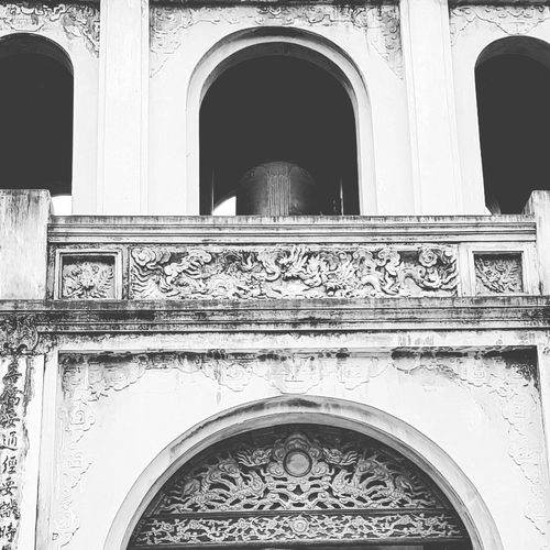 Carving Temple Of Confucius Temple Of Literature Architecture Hanoi Architecture Hanoi Feb 2018 Hanoi Holiday With Sharon Lsc_hanoi Winter 2018_bnw&temple Of Literature