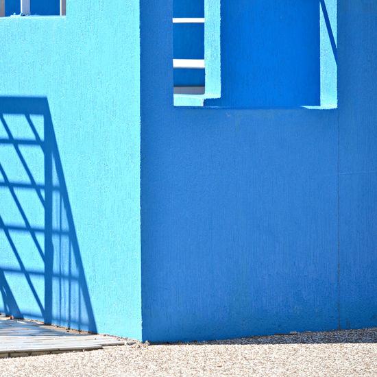 Blue Wall with Geometric Shadow Lines Australia Blue Wall Brisbane Outdoors Steffentuck Urban Urban Landscape Wall Shadow