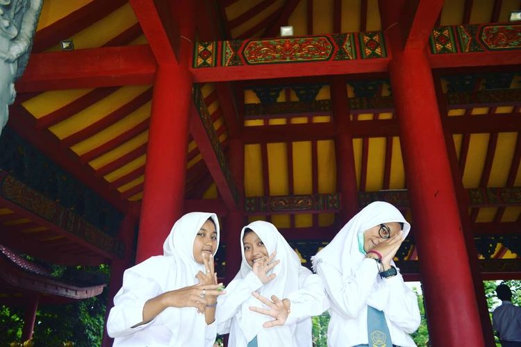 My friends😘 Famous Place Architectural Feature Place Of Worship Culture Wondefulindonesia Outdoor Activity Indoors  Spirituality Religion Place Of Worship Ceiling Famous Place Culture Architectural Feature First Eyeem Photo